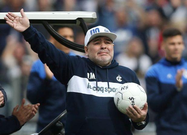 (8 de septiembre de 2019). Diego Maradona durante su presentación como nuevo entrenador de Gimnasia y Esgrima - REUTERS