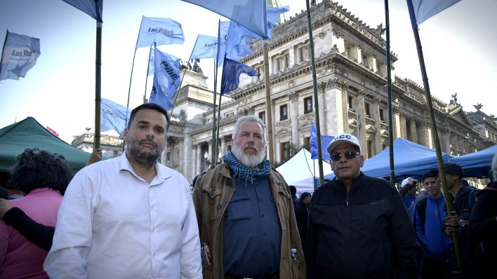 """Juan Carlos Alderete, Daniel Menéndez y Esteban """"Gringo"""" Castro (Gustavo Gavotti)"""