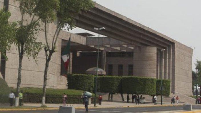 El Poder Judicial le dio su primera victoria a AMLO en los juzgados, pero será la SCJN quien decida el futuro de los decretos de la administración en el sector energético (Foto: Cuartoscuro)