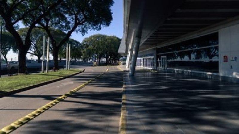 El aeroparque metropolitano, sin pasajeros (Adrián Escandar)