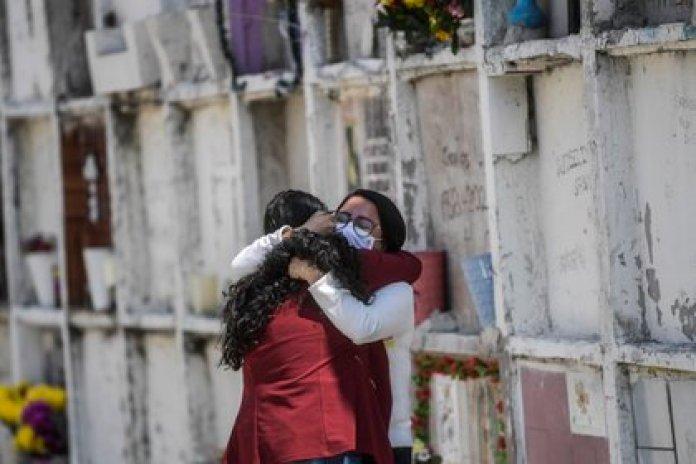 México superó las 90,000 muertes por COVID-19 esta semana (Foto: Pedro Pardo/ AFP)