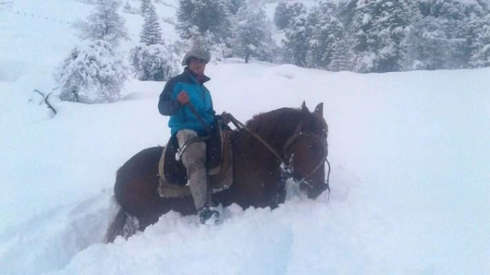 A caballo se movieron algunos de los que colaboraron en el rescate