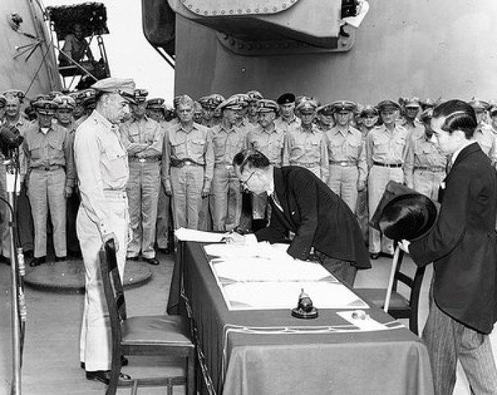 Japón se rindió incondicionalmente ante los EEUU, lo que marcó el final de la Segunda Guerra Mundial