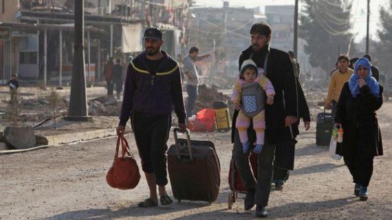 Miles de personas debieron desplazarse por la amenaza terrorista en Mosul
