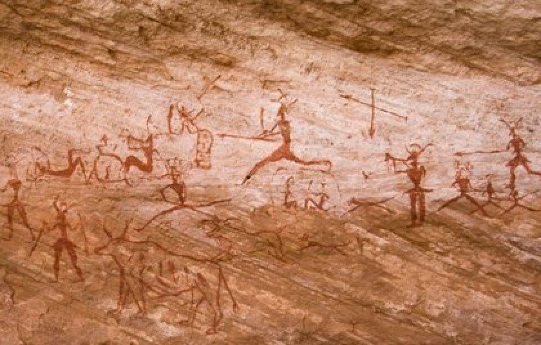 Escena de caza en arte rupestre (Europa Press)