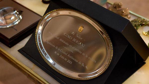 """En 2013, Gino Bogani fue reconocido como """"Personalidad destacasa en ámbito de la cultura"""" por la Legislatura de la Ciuad Autónoma de Buenos Aires (Nicolás Stulberg)"""