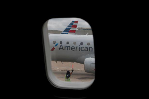 Los vuelos especiales deben tener autorización previa de la autoridad aeronáutica