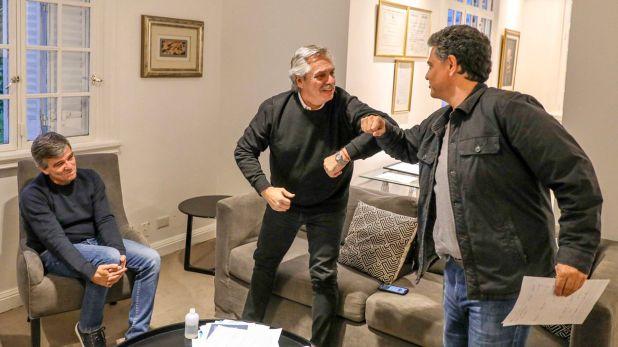 """El presidente Alberto Fernández, junto a Jorge Macri y """"Juanchi"""" Zabaleta, en la quinta de Olivos (@alferdez)"""