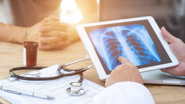Para dar con un diagnóstico definitivo es necesario realizar una biopsia