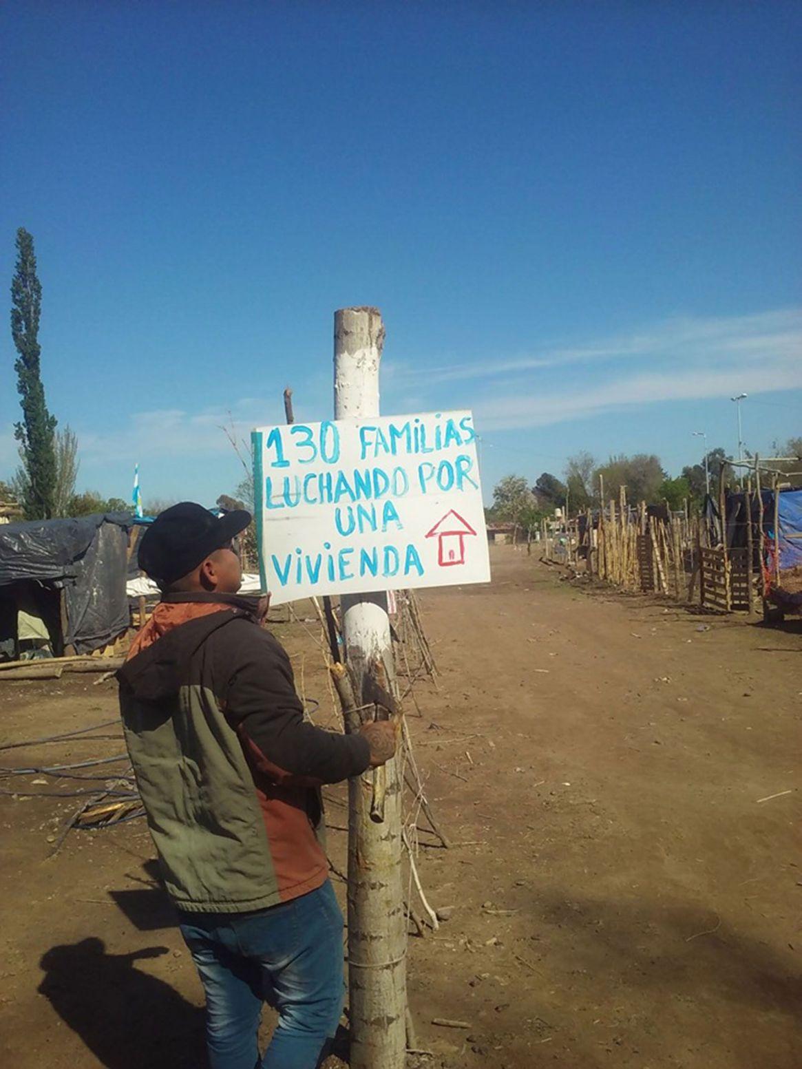 Las 130 familias del predio tomado reclaman el derecho a una vivienda digna