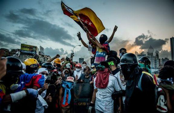 """Hace casi tres meses que los venezolanos gritan en cada marcha: """"No a la Constituyente"""" (Meridith Kohut for The New York Times)"""