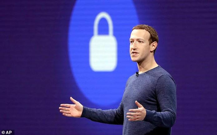 """El fundador de Facebook, Mark Zuckerberg, tuvo que declarar el pasado año ante el Congreso de los EEUU por el escándalo de Cambridge Analytica"""""""