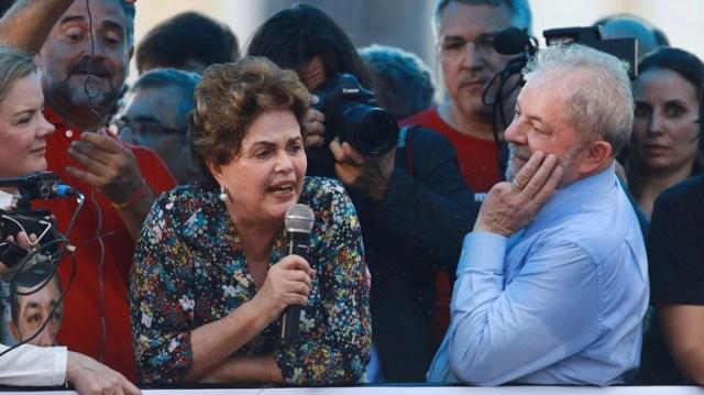 Dilma Rousseff junto a Lula da Silva