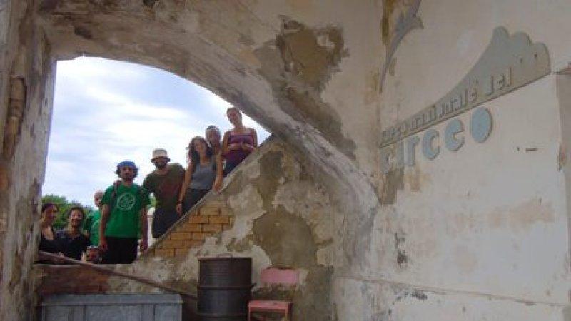 La villa atrae turistas de todo el mundo (IAT Latina)