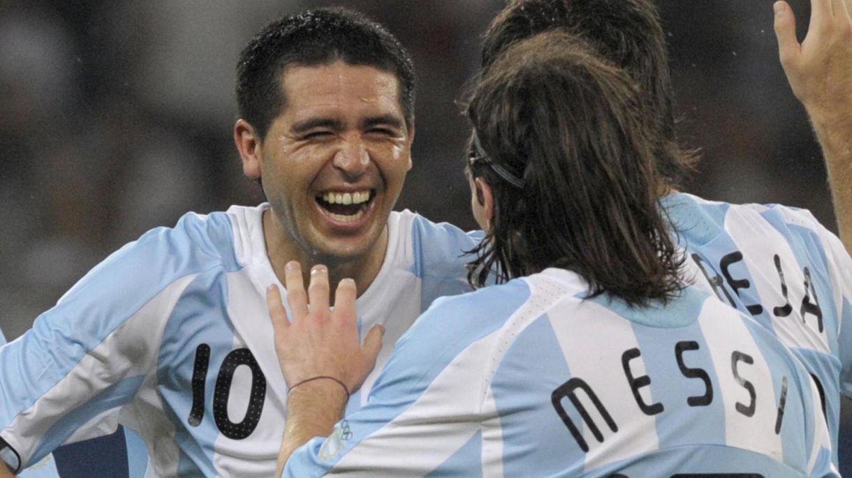 Riquelme y Messi llevaron al oro de Beijing 2008 al fútbol argentino (AFP)