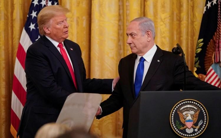 El plan fue presentado en una conferencia conjunta entre Donald Trump y Benjamin Netanyahu (REUTERS/Joshua Roberts)