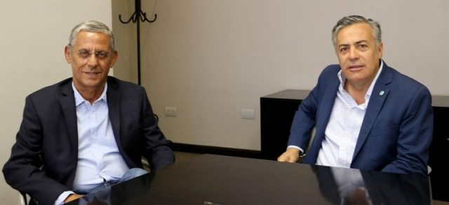 """Horacio """"Pechi"""" Quiroga junto al gobernador de Mendoza, Alfredo Cornejo"""