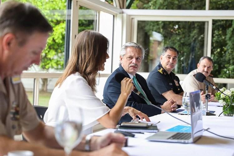 El Jefe de Estado encabezó una reunión con las fuerzas de seguridad en la Quinta de Olivos