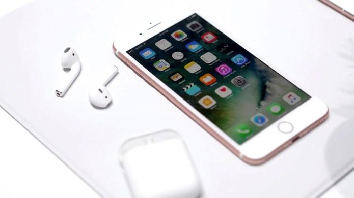 Los AirPods de Apple generalmente cuestan entre USD 159 y USD 199 (Reuters)