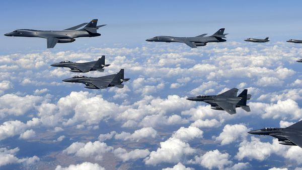 Bombarderos B-1B de la Fuerza Aérea de EEUU (AFP PHOTO)