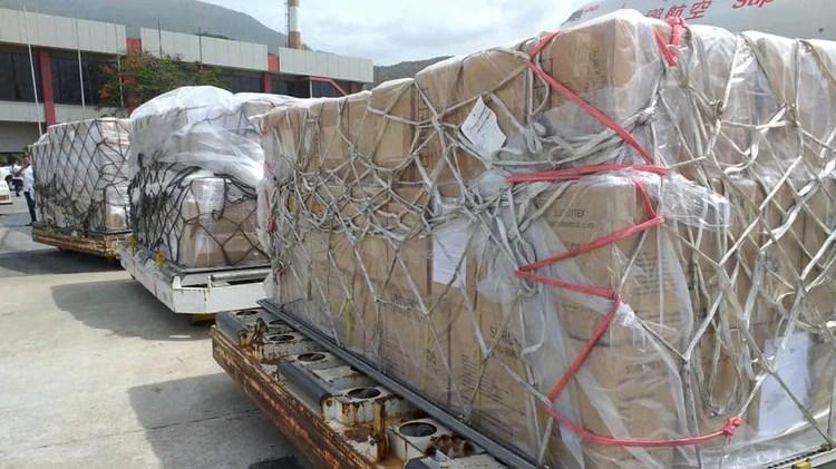 La ayuda humanitaria hacia Venezuela queda en la frontera colombiana por orden de Maduro