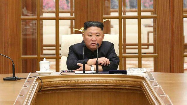 Reaparecio Kim Jong Un despues de un mes