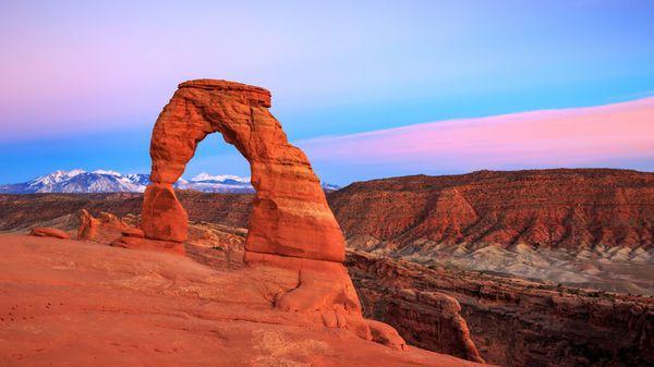 El parque nacional de los Arcos en Utah se caracteriza por su gran concentración de arcos naturales (iStock)