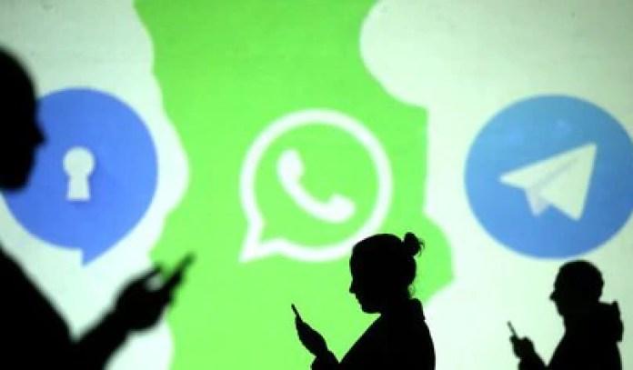 Luego de que WhatsApp anunciara su nueva política de privacidad, los internautas decidieron explorar nuevas opciones (Foto: Reyuters / Dado Ruvic)