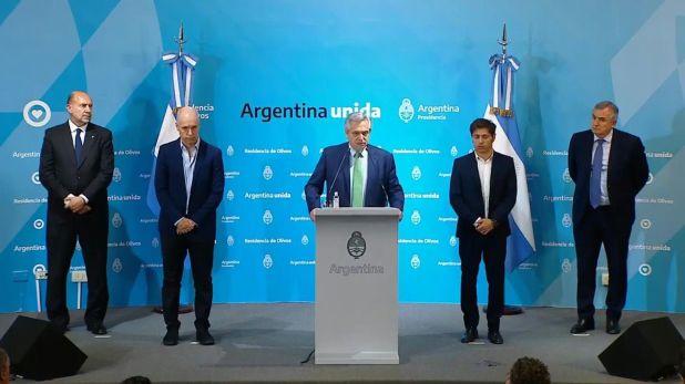Alberto Fernández, al anunciar el decreto de aislamiento social. Lo acompañan Omar Perotti, Horacio Rodríguez Larreta, Axel Kicillof y Gerardo Morales