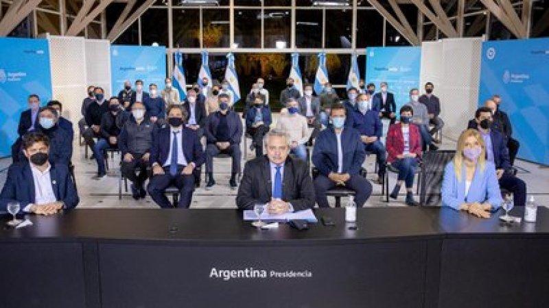 Alberto Fernández durante el anuncio de Olivos