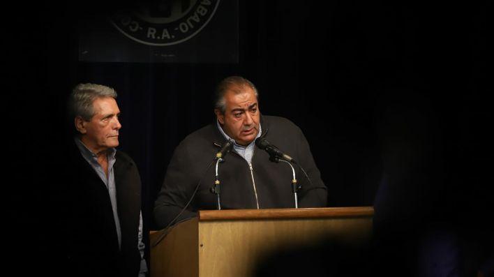 Carlos Acuña y Héctor Daer, juntos pero separados