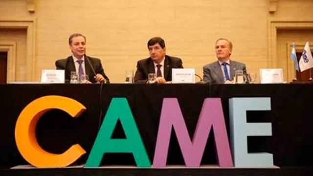 Guillermo Arancibia junto al presidente de CAME, Gerardo Díaz Beltrán. Fuente: CAME