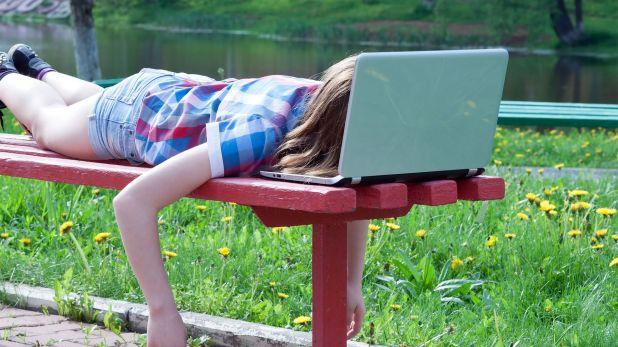 La astenia primaveral es una de las afecciones más frecuentes, que produce gran cansancio y fatiga en quienes la sufren (Shutterstock)