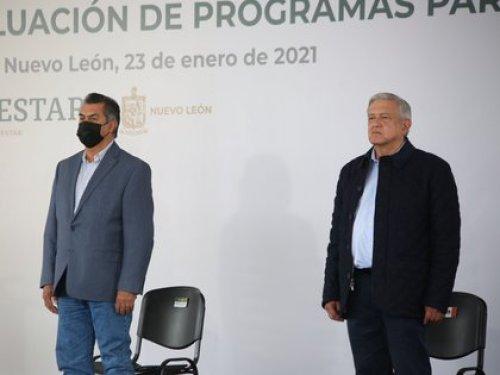 AMLO, que visitó Nuevo León y San Luis Potosí en días recientes, ha tenido diversas reuniones del más alto nivel sin cubrebocas (Foto: Twitter @JaimeRdzNL)