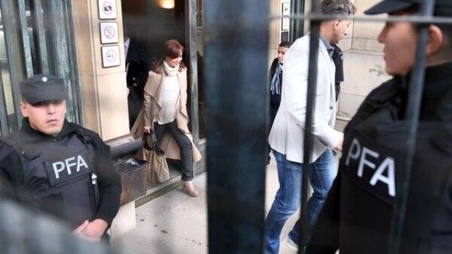 Cristina Kirchner ayer en los tribunales de Comodoro Py