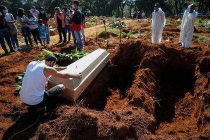 Brasil es el segundo país con más víctimas mortales relacionadas con el coronavirus (EFE/ Fernando Bizerra/Archivo)