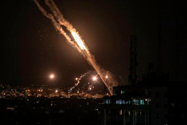 Cohetes lanzados desde Gaza esta semana. EFE/EPA/MOHAMMED SABER