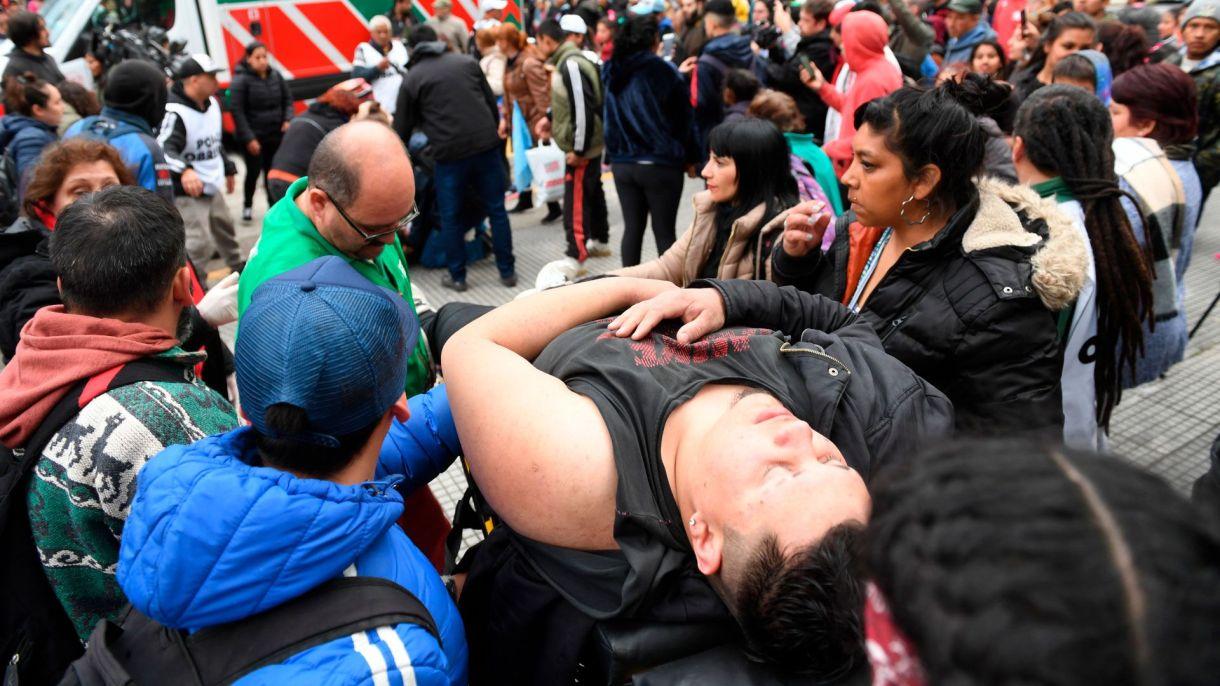 Ambulancias del SAME llegaron al lugar para asistir a los heridos (Fotos: Maximiliano Luna)