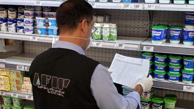 Los inspectores de la AFIP recorren diariamente distintas tiendas de supermercados
