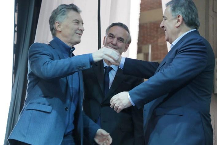 Mario Negri junto a Mauricio Macri y Miguel Ángel Pichetto, durante la campaña en Córdoba del 2019