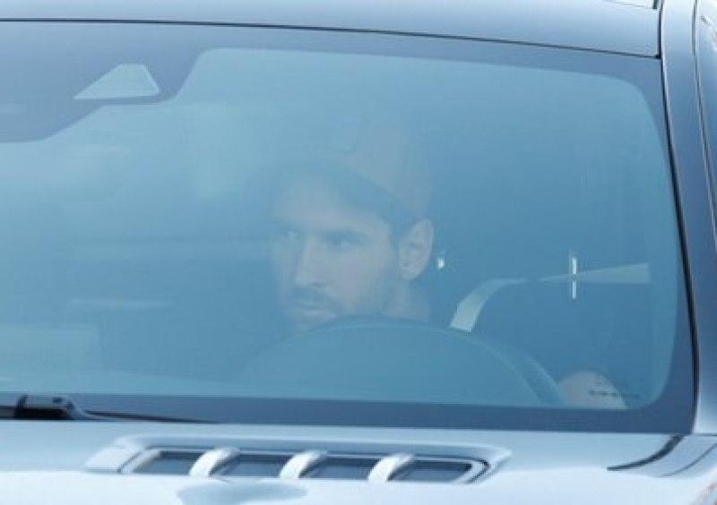 Messi llegó al centro deportivo Joan Gamper - REUTERS/Albert Gea