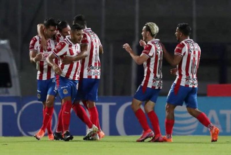 The Chivas de Guadalajara beat Necaxa 1-0 with a goal by Jesús Ángulo (Photo: REUTERS / Henry Romero)