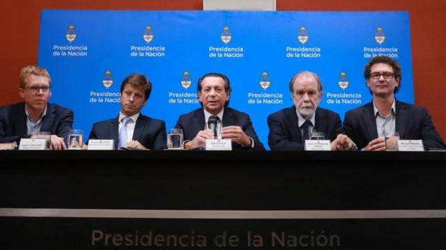 Sica y los representante los bancos públicos