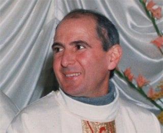 fue asesinado de un disparo en la nuca por orden de la mafia siciliana, el 15 de septiembre de 1993, el día de sus 56 años