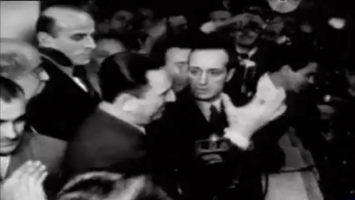 """A las 23.10, Perón salió al balcón de la Casa Rosada: """"¡Compañeros...!"""""""