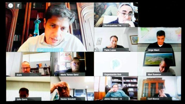 Axel Kicillof mantuvo una videollamada con los intendentes de Juntos por el Cambio Jorge Macri, Néstor Grindetti, Diego Valenzuela y Julio Garro