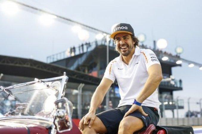 Renault hizo oficial la contratación de Fernando Alonso para el 2021 (Foto: AFP)