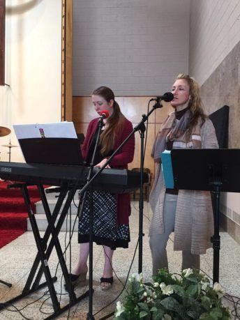 Crystal y David Bassette son los ministros de una iglesia pentecostal en Nueva York
