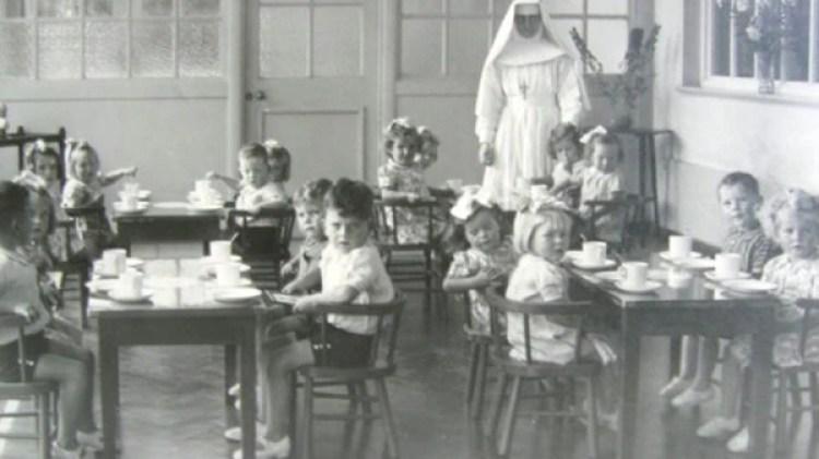 Niños irlandeses en los orfanatos