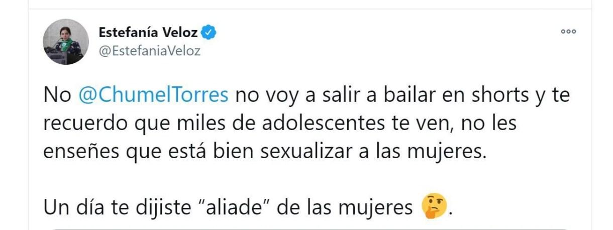 Estefanía Veloz le contestó comentario misógino a Chumel Torres (Foto: Twitter / @EstefaniaVeloz)